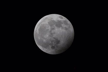"""Las 8.33 horas de este domingo, el mejor momento para ver la """"superluna"""""""