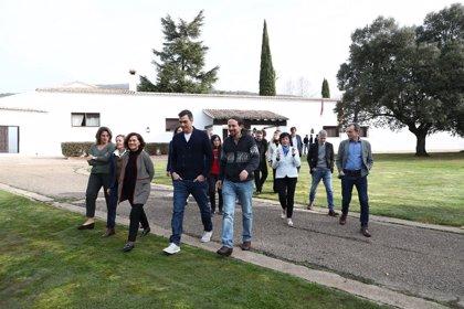 """El Gobierno finaliza una jornada """"muy productiva"""" en Quintos de Mora para """"poner en común sus políticas"""""""