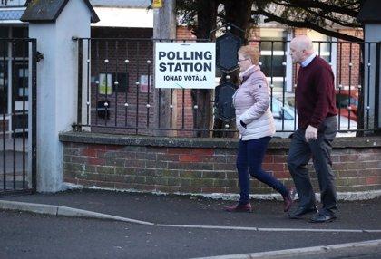 Irlanda.- Alta participación en las elecciones de Irlanda a pesar del mal tiempo