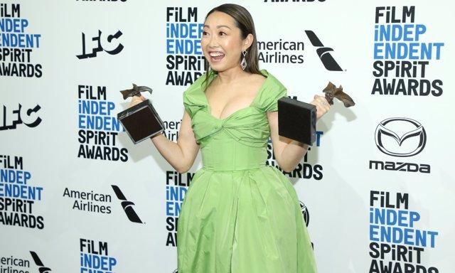 Lulu Wang, directora de The Farewell en los Spirit Awards 2020