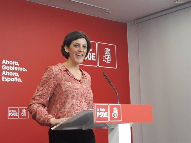 La diputada nacional del PSOE riojano, María Marrodán, en comparecencia de prensa