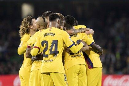 El Barça pare tres puntos en el Villamarín