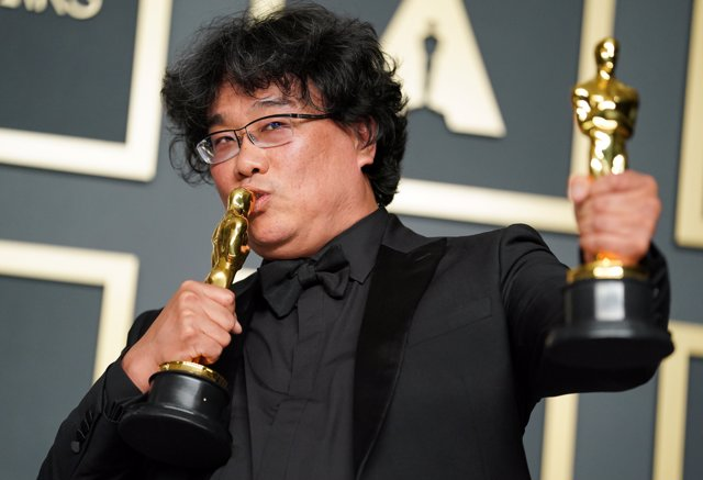 Parásitos hace historia en los Oscar