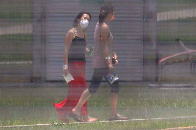 Evacuees, who arrived from China's Wuhan city, the epicentre of the coronavirus, are quarantined at the Detention Centre on Christmas Island, about 1,400 km northwest of mainland Australia. (AAP Image/Richard Wainwright) NO ARCHIVING