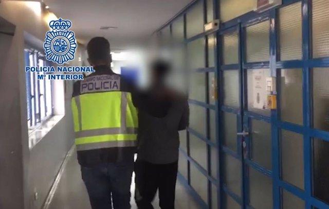 Un prófugo reclamado por Alemania por tráfico de drogas detenido en una calle de Marbella (Málaga)