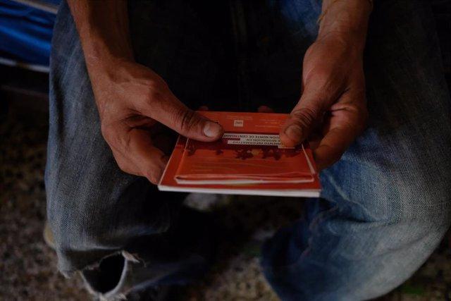 Un migrante hondureño