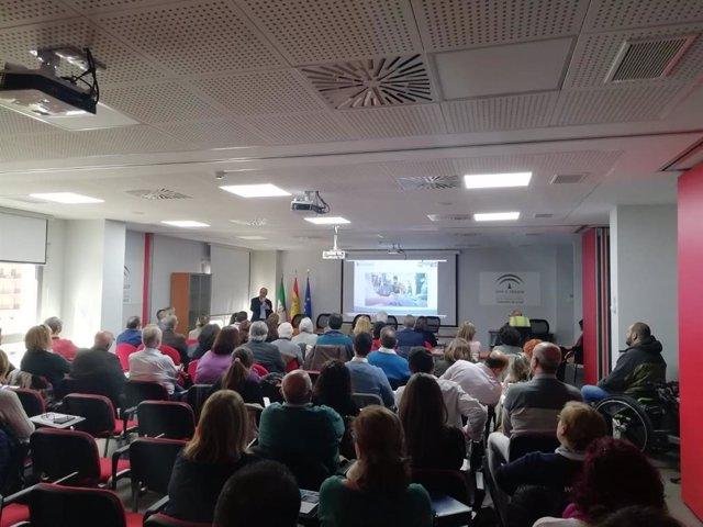 Colectivos jiennenses participan en unas jornadas de Salud y Familias para la Ciudad Sanitaria