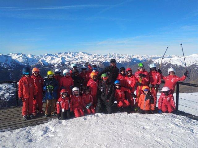 COMUNICADO: El Club de Escuela de Ski Baqueira impulsa el deporte en las nuevas