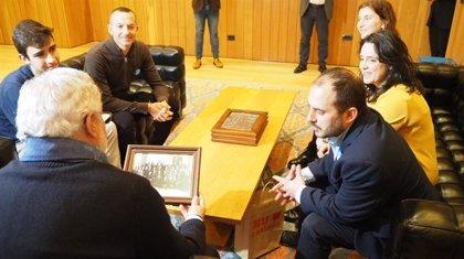 A Mesa lleva al Parlamento la campaña 'Falar galego é saudábel' por la atención al paciente en la lengua propia
