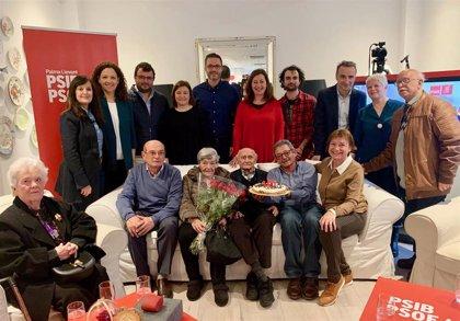El PSIB homenajea a Pepe Muniesa, su militante de mayor edad, por su 100 aniversario