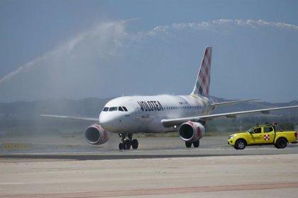 Volotea transporta 9.400 pasajeros con un 96% de ocupación en su primera ruta en el Aeropuerto de Corvera