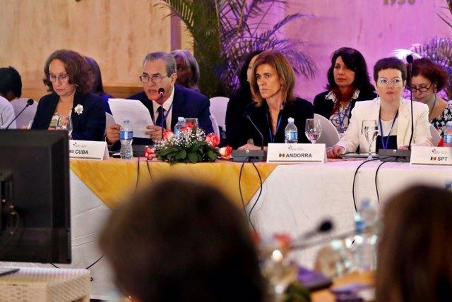 La ministra andorrana de Educación y Enseñanza Superior, Ester Vilarrubla, en la reunión de la Habana
