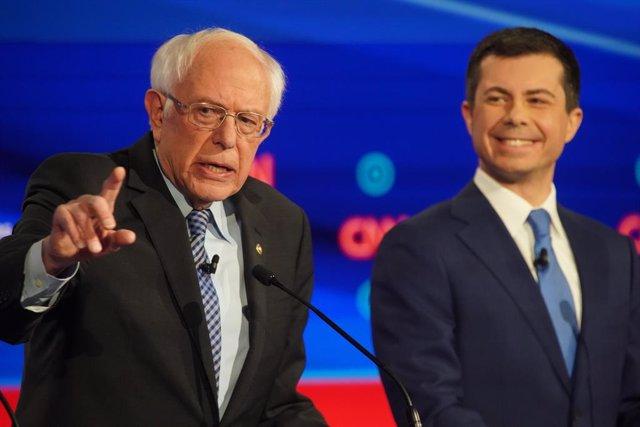 EEUU.- Sanders y Buttigieg solicitan formalmente una revisión de los resultados
