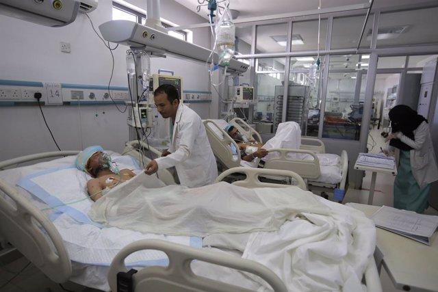 Yemen.- Dos hospitales de Marib sufren graves daños materiales a causa de sendos
