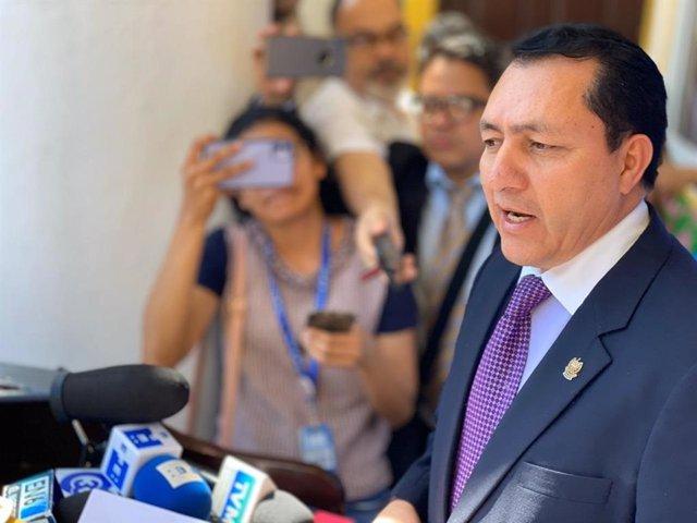 """El Salvador.- El Parlamento de El Salvador condena el """"intento de golpe de Estad"""