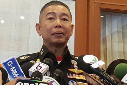 Tailandia.- Jefe del Ejército de Tailandia se disculpa entre lágrimas por el tiroteo en que un militar mató a 30 civiles