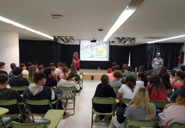 Charla del Programa #Descubre, en un centro de Secundaria de Cádiz