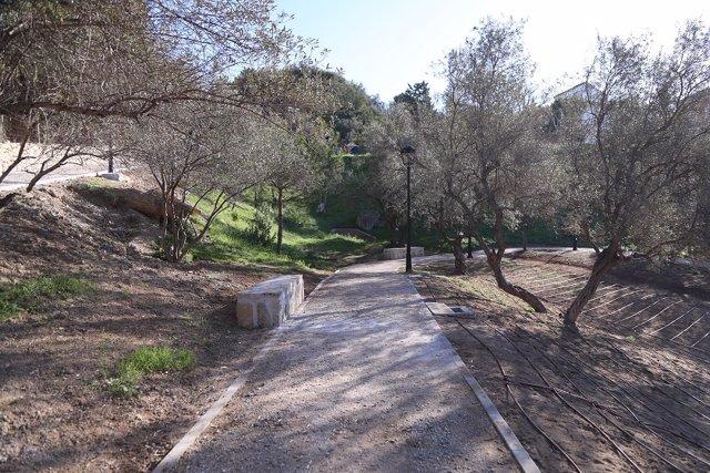 Red de caminos del Parque Periurbano de Málaga El Nogal, en el distrito de Ciudad Jardín (Málaga)