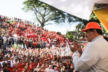 """Venezuela.- Maduro asegura que Venezuela """"seguirá en pie"""" pese a la """"agresión"""" de EEUU a la economía venezolana"""