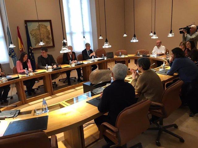 Reunión informal de la junta de portavoces tras la disolución del hemiciclo gallego por la convocatoria de elecciones el 5 de abril