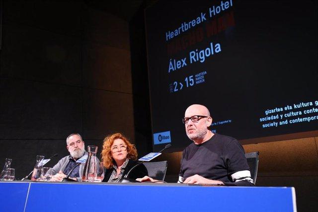 Azkuna Zentroa presenta 'Macho man', la instalación de teatro-documento de Àlex Rigola contra la violencia machista.