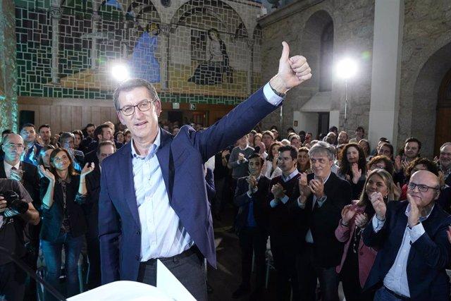 Feijóo, tras presidir la Junta Directiva del PP gallego un día después de anunciar el adelanto electoral en Galicia al 5 de abril y tras confirmarse su candidatura para estas elecciones, en el Hotel Palacio del Carmen de Santiago de Compostela.
