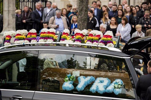 Funeral de la periodista norirlandesa Lyra McKee