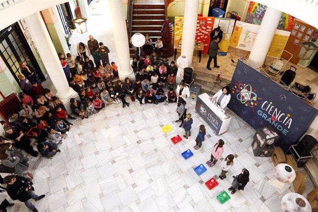 La consejera Maru Díaz participa en los actos de conmemoración del Día Internacional de la Mujer y la Niña en la Ciencia.