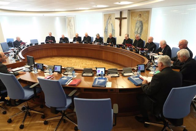 """Los obispos avisan de que la soledad es una """"auténtica epidemia"""" en España"""