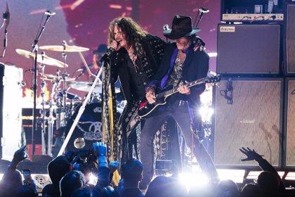 VÍDEO: El batería Joey Kramer recupera su puesto en Aerosmith