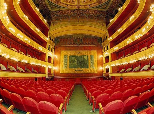 Imagen de archivo de la platea del Teatro Lope de Vega.