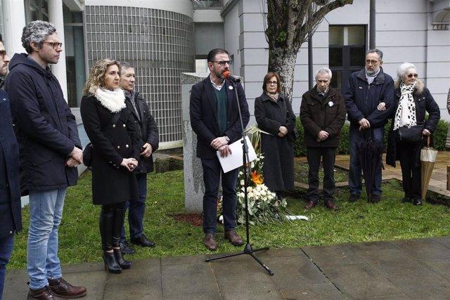 El alcalde de Ferrol, Ángel Mato, interviene en el homenaje a Alejandro Porto Leis