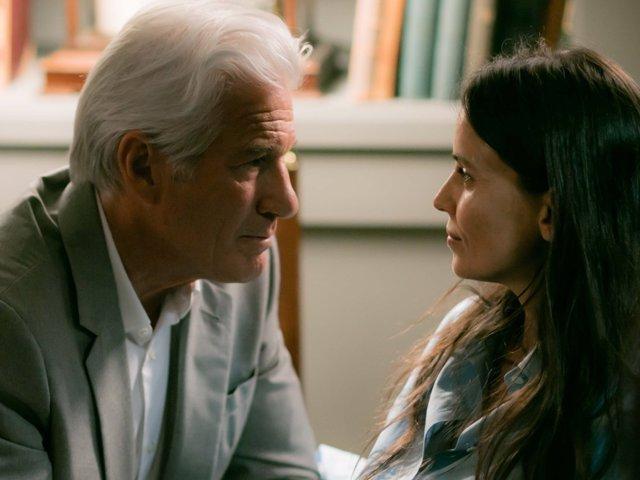 """Elena Anaya, esposa de Richard Gere en 'MotherFatherSon': """"El futuro no debería"""