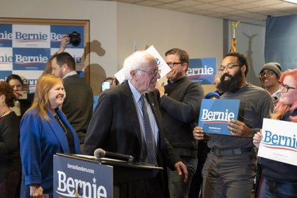 EEUU.- Sanders encabeza las primarias demócratas en New Hampshire, según los primeros resultados