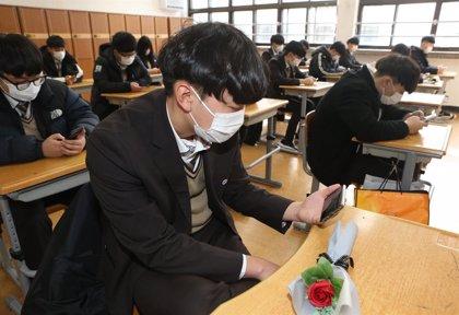 Coronavirus.- China eleva la cifra de muertes por el coronavirus a 1.113 y los casos confirmados a 44.653