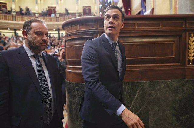 Sánchez, Ábalos y otros dos ministros contestan hoy en el Congreso a las pregunt