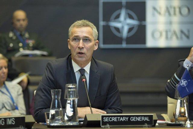 O.Próximo.- Los miembros de la OTAN discuten este miércoles una mayor implicació