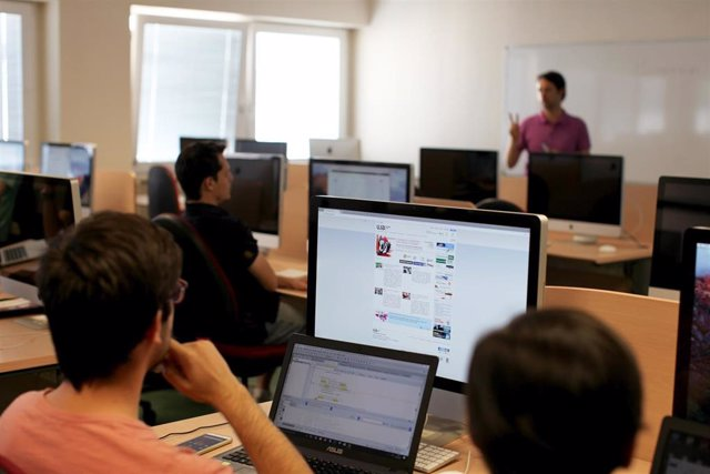 Aula de informática en la Universidad de Jaén.