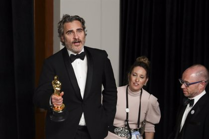 La industria láctea responde a Joaquin Phoenix tras su discurso animalista en los Oscar