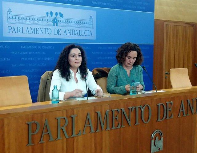 Inmaculada Nieto y Ana Naranjo, de Adelante Andalucía, en rueda de prensa.