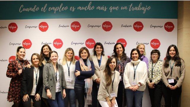 Fundación Integra y Banco Santander lanzan la cuarta edición del proyecto 'De Mujer a Mujer'