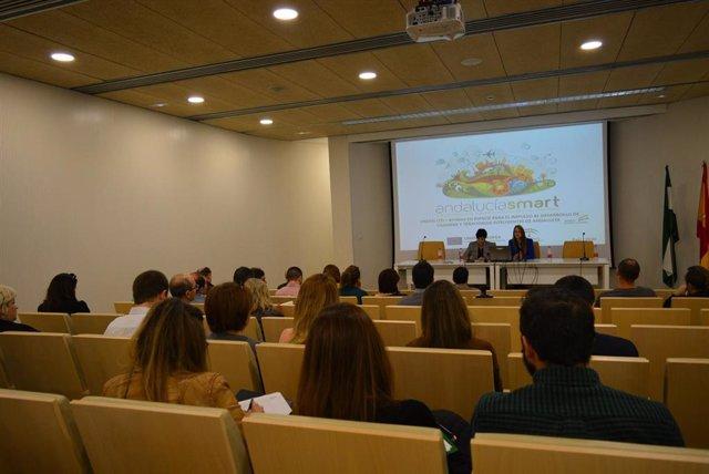 Imagen de las jornadas informativas celebradas por Junta de Andalucía y Diputación de Granada