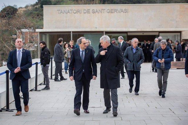 El president de la Generalitat, Quim Torra (4d), a su salida del funeral de Diana Garrigosa, esposa del expresident de la Generalitat Pasqual Maragall, en el Tanatorio de Sant Gervasi en Barcelona/Catalunya (España) a 12 de febrero de 2020.
