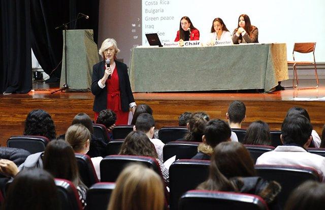 La consejera de Educación, Marina Lombó, durante su intervención en la jornada Global Classroom