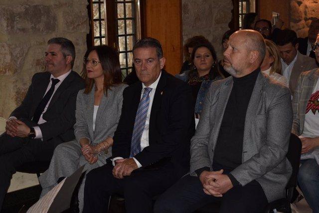 El consejero de Educación y Deporte, Javier Imbroda, en la apetura del I Foro Linares Educa Siglo XXI