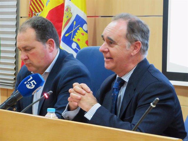El delegado de Empleo en Huelva, Antonio Augustín, en un acto en Aljaraque (Huelva).