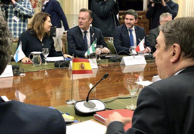 Cantabria reclama el apoyo del Ministerio para realizar una defensa firme de la