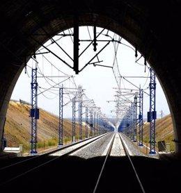 Túnel de una línea de AVE de Adif