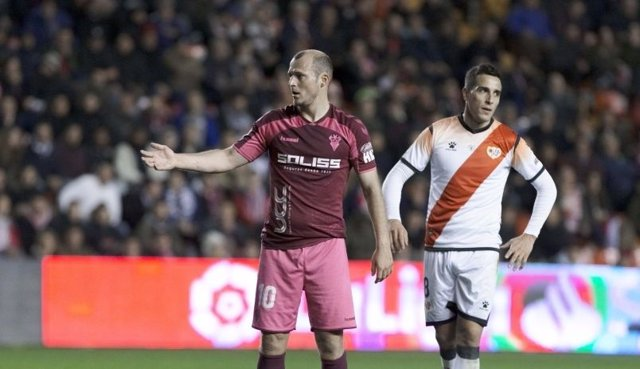 Fútbol/Segunda.- La segunda parte del Rayo-Albacete se jugará el miércoles 19 de
