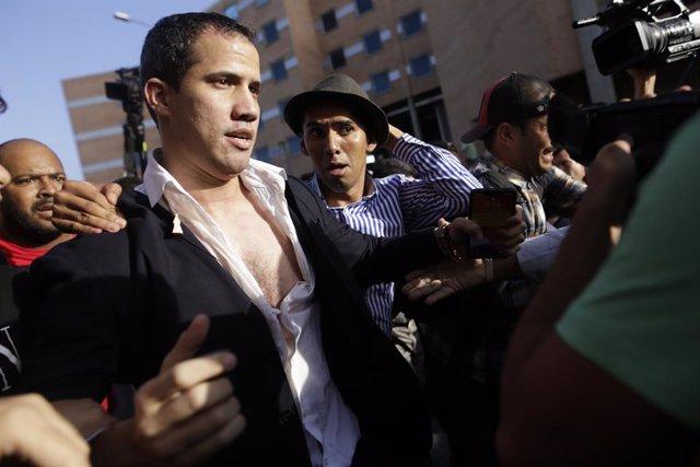 """Venezuela.- Guaidó avisa a Maduro de que """"la presión va a llegar al nivel que de"""